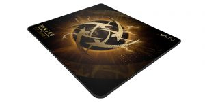Xtrfy XTP1 Lightning Gaming Mousepad